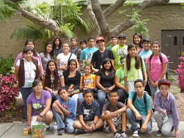 picture: students at JPL