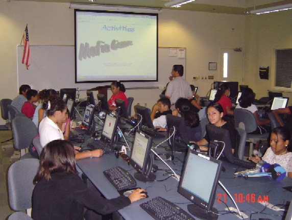picture: students at computer stations